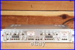 Dbx 586 DUAL VACUUM TUBE PREAMP Stereo Pre-Amp & Parametric EQ VU Meter 051119