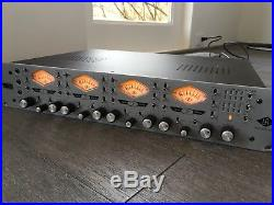 Universal Audio 4-710d 4-Channel Tone Blending Mic Preamp with Dynamics