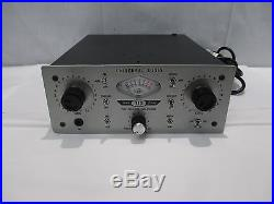 Universal Audio Twin-Finity 710 Microphone Tube Solid State Pre-Amplifier
