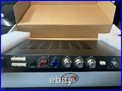Warm audio wa73-eq. One channel Mic Pre and EQ