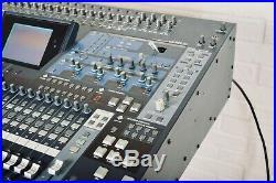 Yamaha 02R96 V2 Version 2 digital mixing console MINT with manual-audio mixer