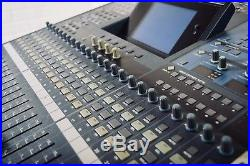 Yamaha 02R96 digital mixing console in very good condition-audio mixer for sale
