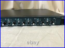 Yamaha MLA8 8-channel Microphone Preamplifier 8 XLR Inputs DB-25 Output 120V